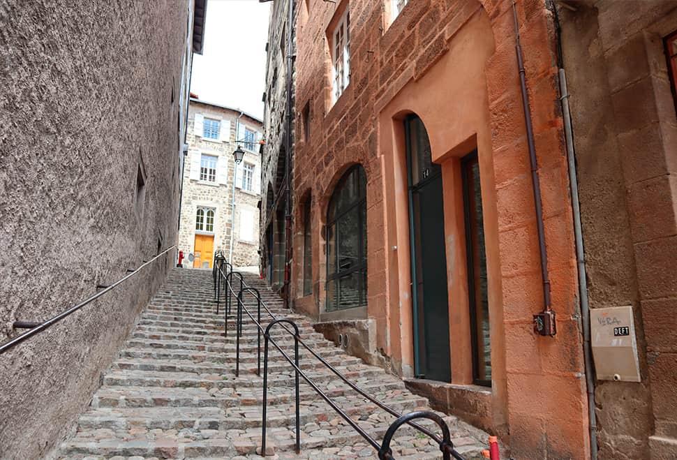 Rue Rochetaillade 43 000 LE PUY-EN-VELAY